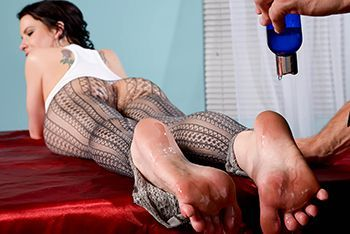Захватывающий секс с молоденькой дамой после эротических ласк