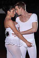 Смотреть красивый секс в пизду с спортивной брюнеткой с большими сиськами #2
