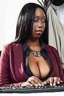 Межрасовый секс с пышной чернокожей секретаршей #2