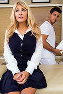 Смотреть классический секс с грудастой блондинкой на массаже #2