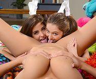 Групповой секс горячих лесбиянок с красивыми сиськами - 4