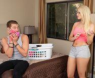 Смотреть анальный трах с милой молодой блондинкой и её парнем - 2