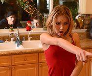 Жесткий трах в анал молодой блондинки с натуральными сиськами - 1