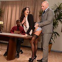 Смотреть красивый секс с секретаршей на презентации