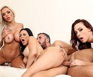 Групповой секс с тремя красотками - 3