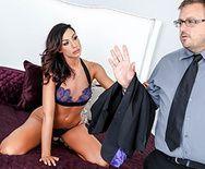 Страстный секс со стройной секретаршей - 1