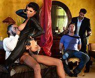 Анал с сексуальной красотки в латексном костюме - 1