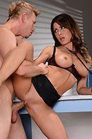 Смотреть порно сисястой докторши с пациентом в палате #4