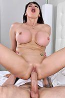 Горячий секс с сисястой брюнеткой подчиненной #5