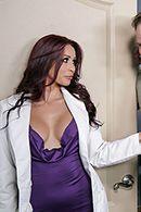 Большой член пациента удовлетворил красивую медсестру #2