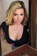 БДСМ порно с блондинкой доги стайл #2