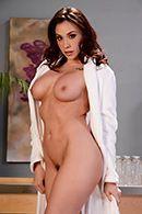 Групповое порно с красотками после эротического массажа #1