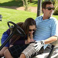 Смотреть страстный секс молодой пышнозадой брюнетки на поле для гольфа