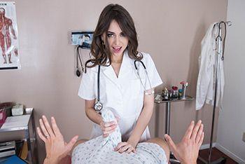 Смотреть трах в пизду от первого лица с милой брюнеткой медсестрой