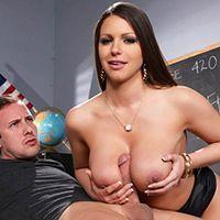 Порно с пышногрудой училкой в чулках на столе