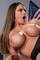 Порно с пышногрудой училкой в чулках на столе #4