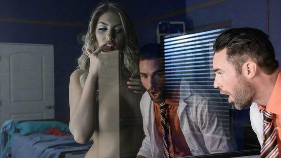 Анальный секс с красивой светловолосой бабой с большими сиськами