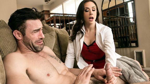 Смотреть домашний секс с горячей медсестрой