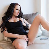 Анальный секс черноволосой дамы с большими сиськами