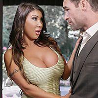 Смотреть секс измену грудастой брюнетки с боссом мужа