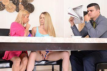 Смотреть красивый секс блондинок с большими сиськами