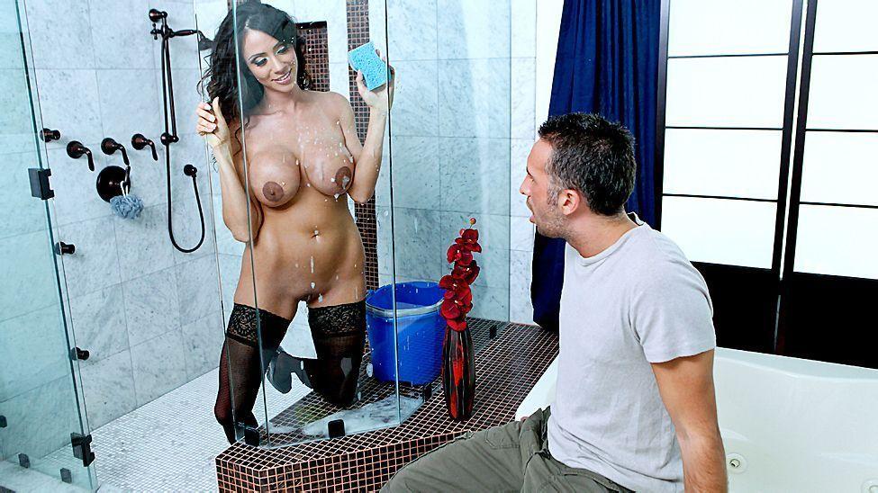 Секс С Уборщицами В Ванне