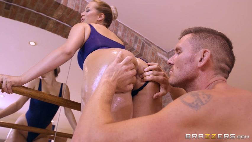 Порно бразерс с гимнасткой